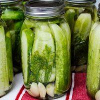 Garlic Dill Pickle Recipe in quart jars