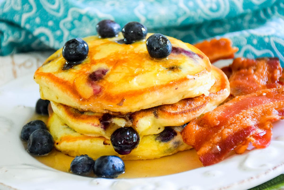 Fluffy Blueberry Lemon Pancakes