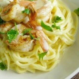Cajun Shrimp with Linguini and Creamy Parmesan Sauce