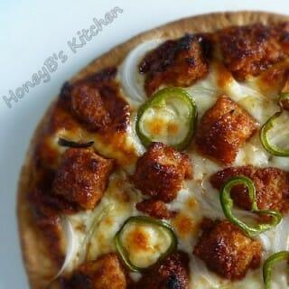 BBQ Vegetarian Chicken Pita Pizza