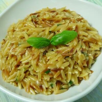 Cheesy Orzo Pasta with Basil
