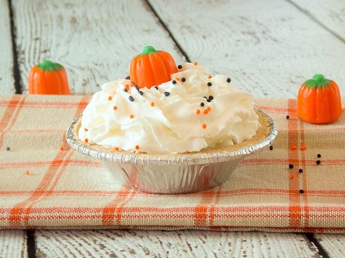 Pumpkin Toffee Cream Pie