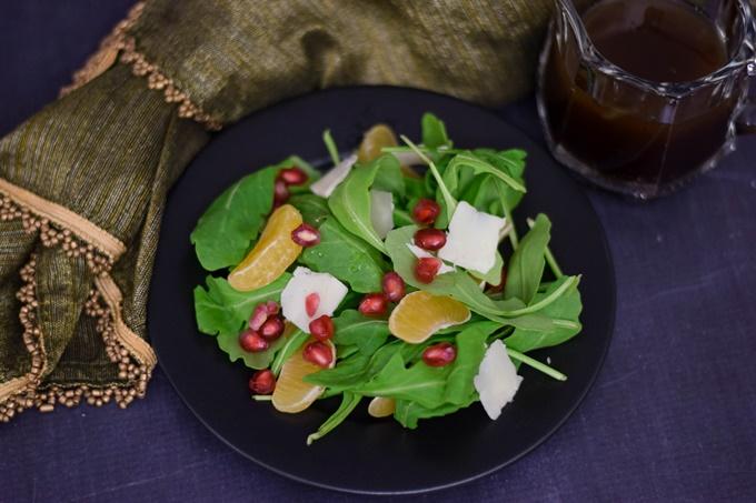 Pomengrante Orange Arugula Salad with vinagrette (rs)