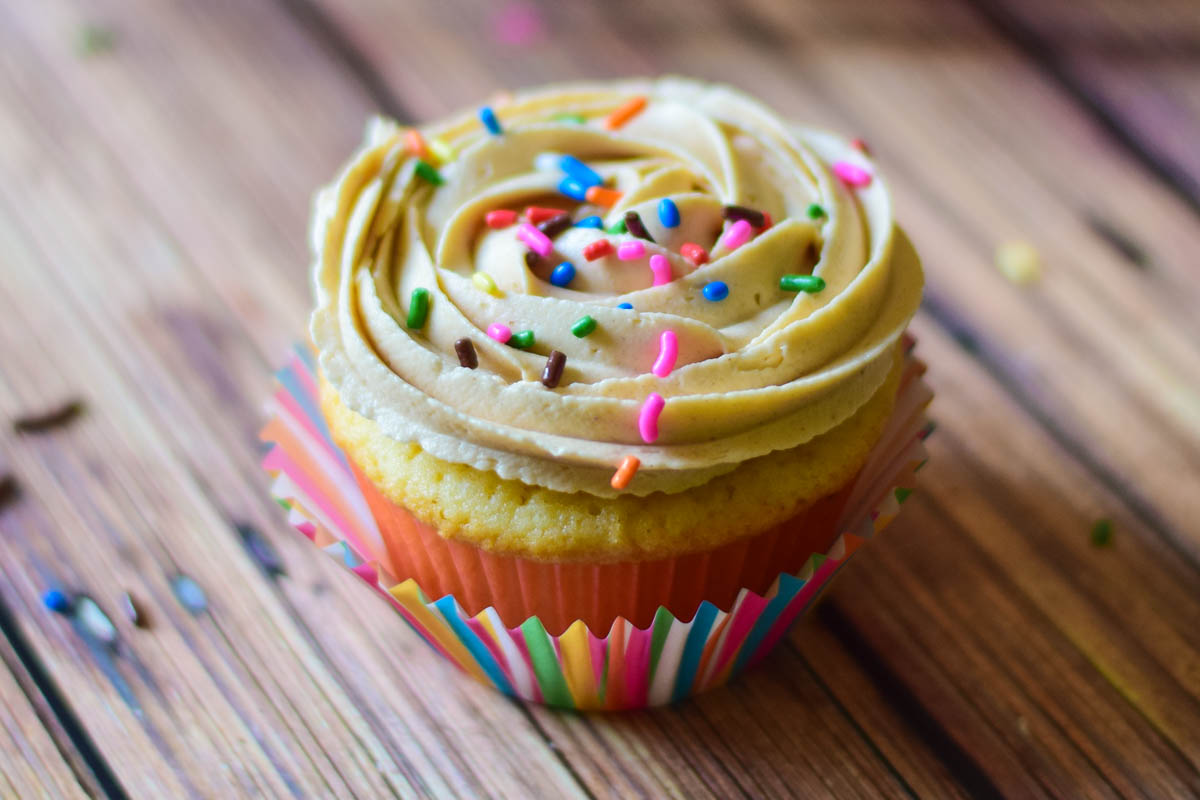 Peanut Butter & Jelly Cupcakes-10