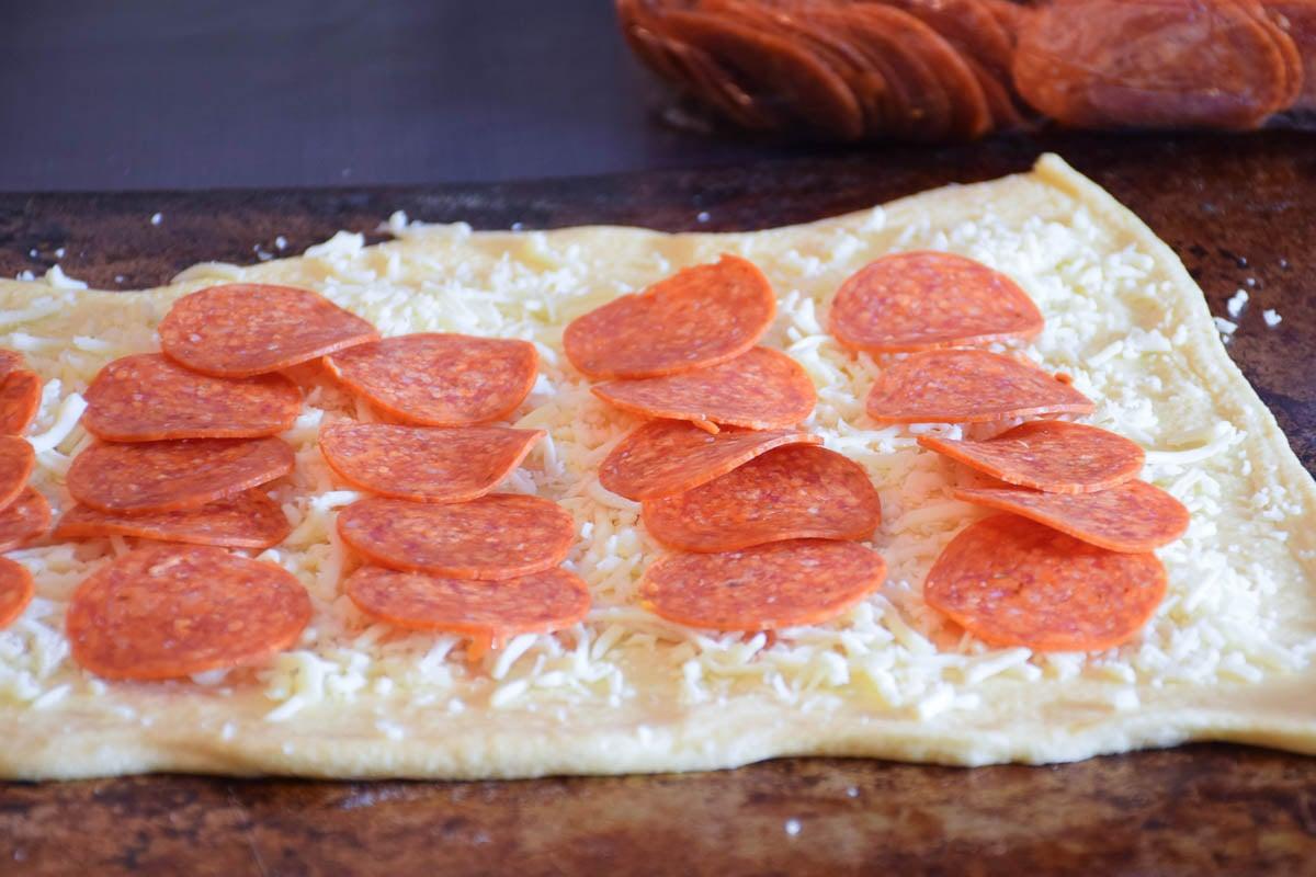 Cheesy Garlic Pepperoni Rolls
