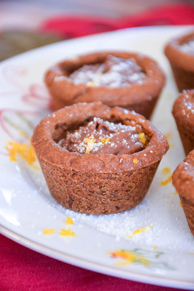 Chocolate Hazelnut Gingerbread Cookie Cups