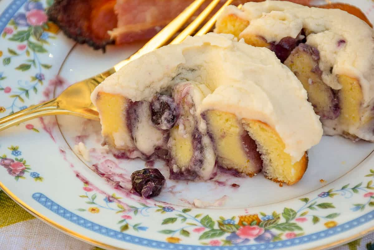 Keto Blueberry Sweet Rolls