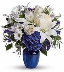 Floral arrangement by Albany florist Felthousens