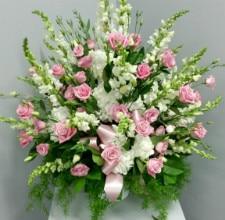 Floral arrangement by Albany florist Fleur de Lis