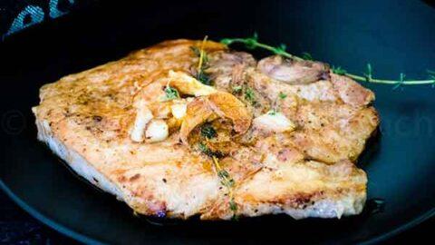 Garlic Roasted Pork Chops